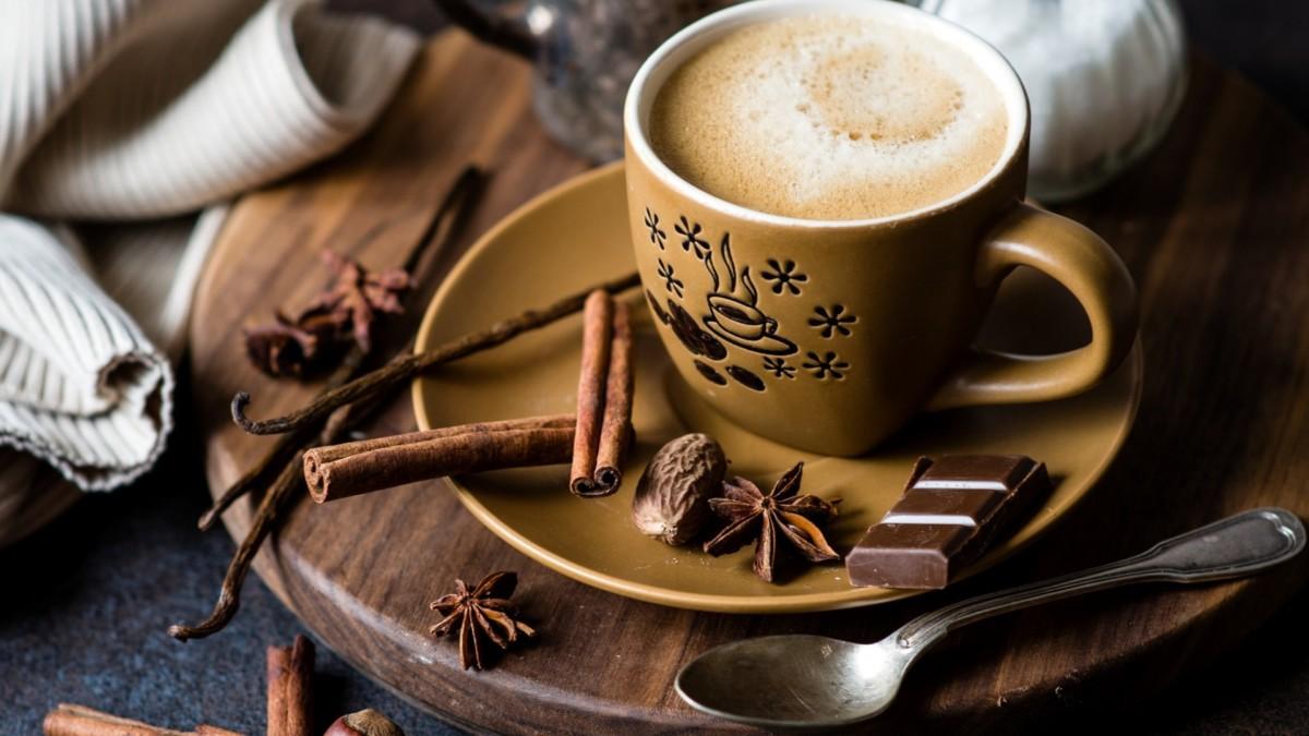 Кофе с карамелью и ванилью