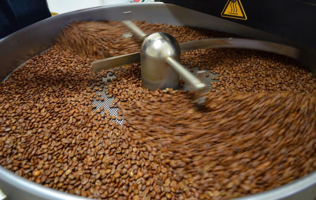 Для растворимого кофе в большинстве случаев используют деформированные зёрна