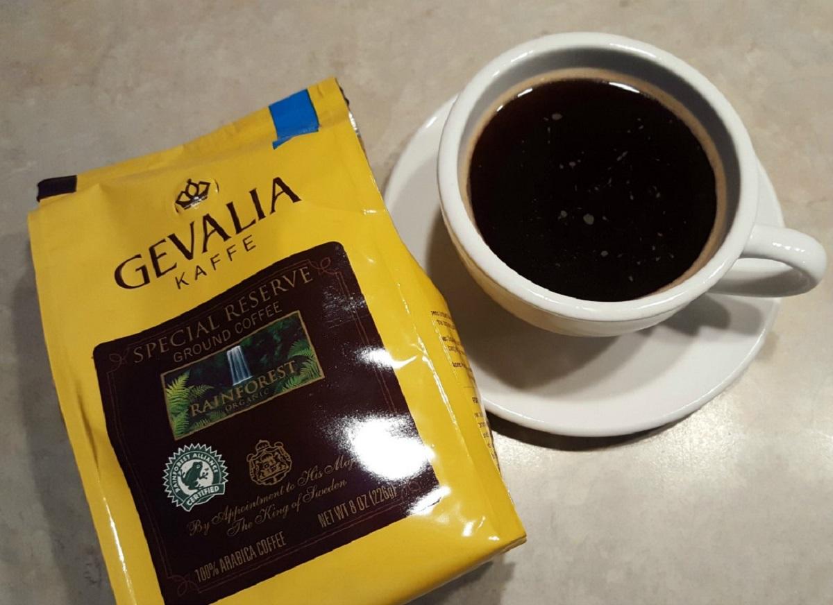 Чашка кофе улучшает самочувствие