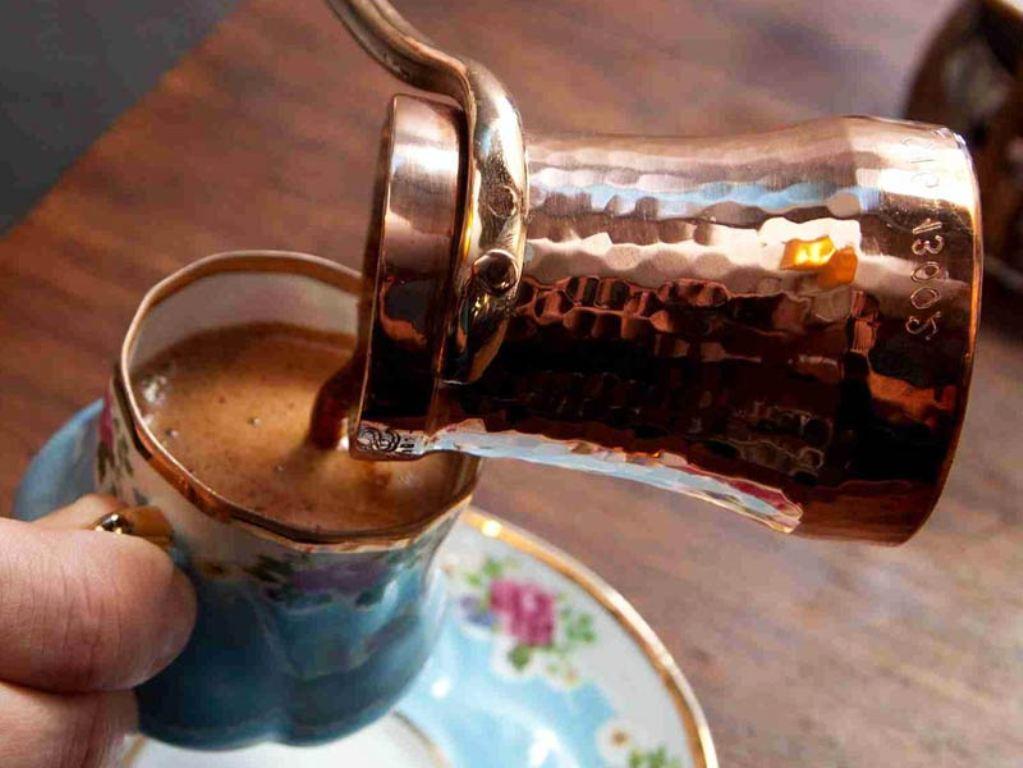 Кафестол содержится в кофейных маслах