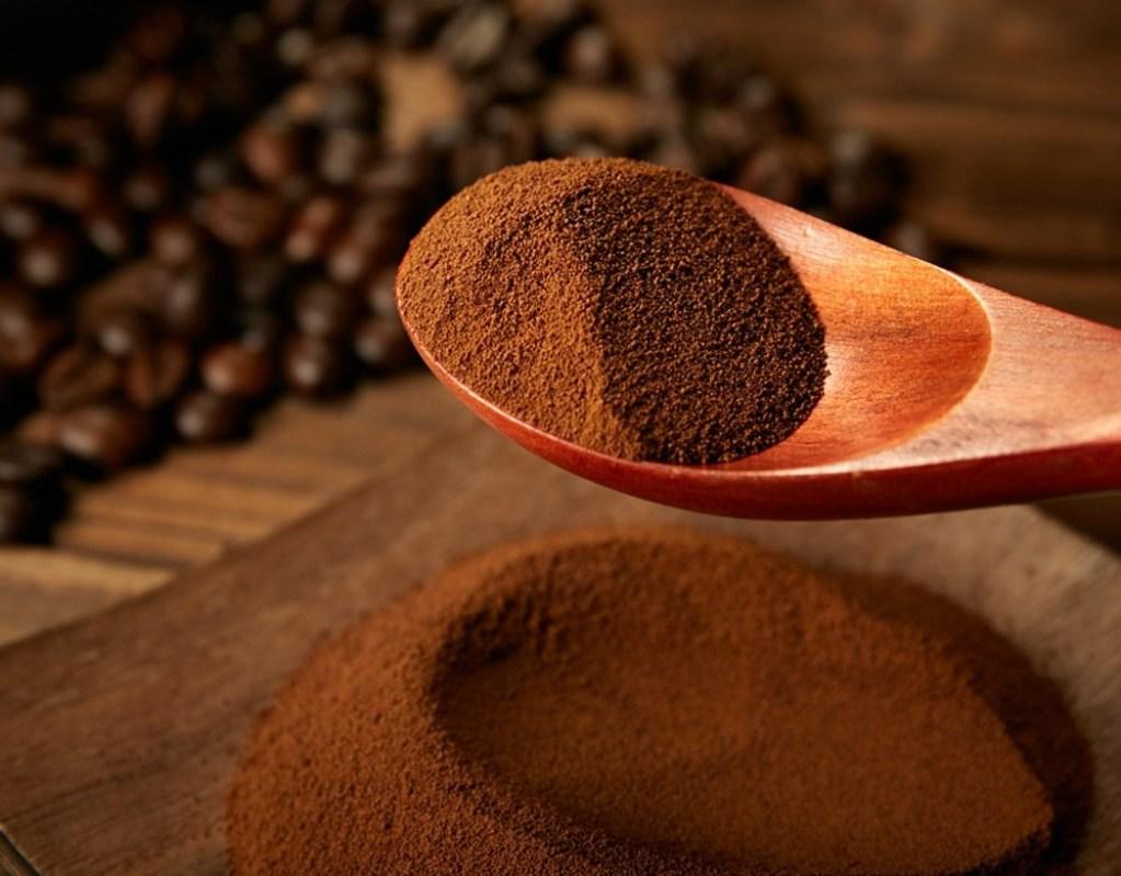 Растворимый кофе совсем не влияет на уровень холестерина в крови у человека