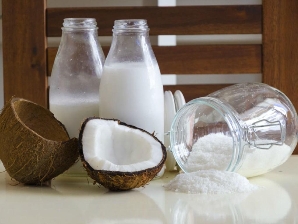 В кокочино используют кокосовое молоко