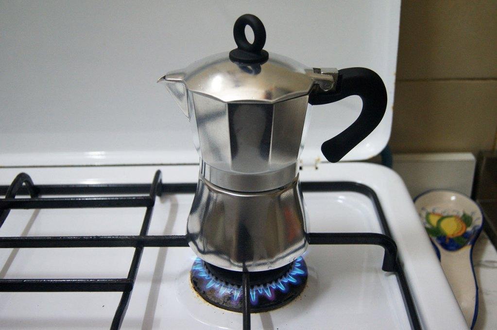 Заваривать кофе можно в кофейнике или в турке