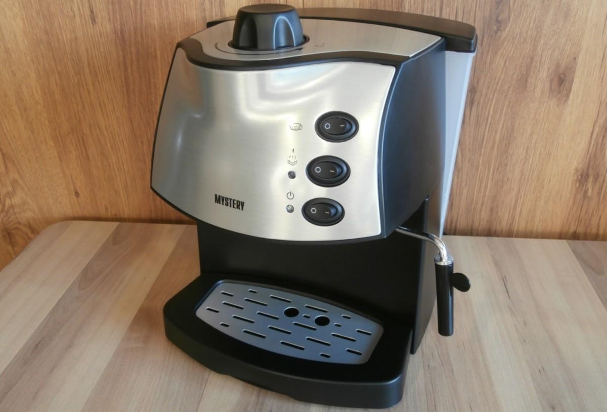 Кофеварка Mystery MCB-5110 рожкового типа