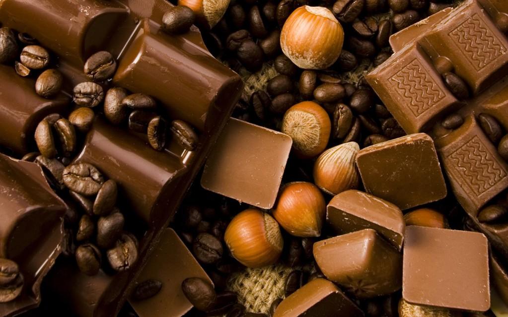Для напитка можно использовать и темный и молочный шоколад