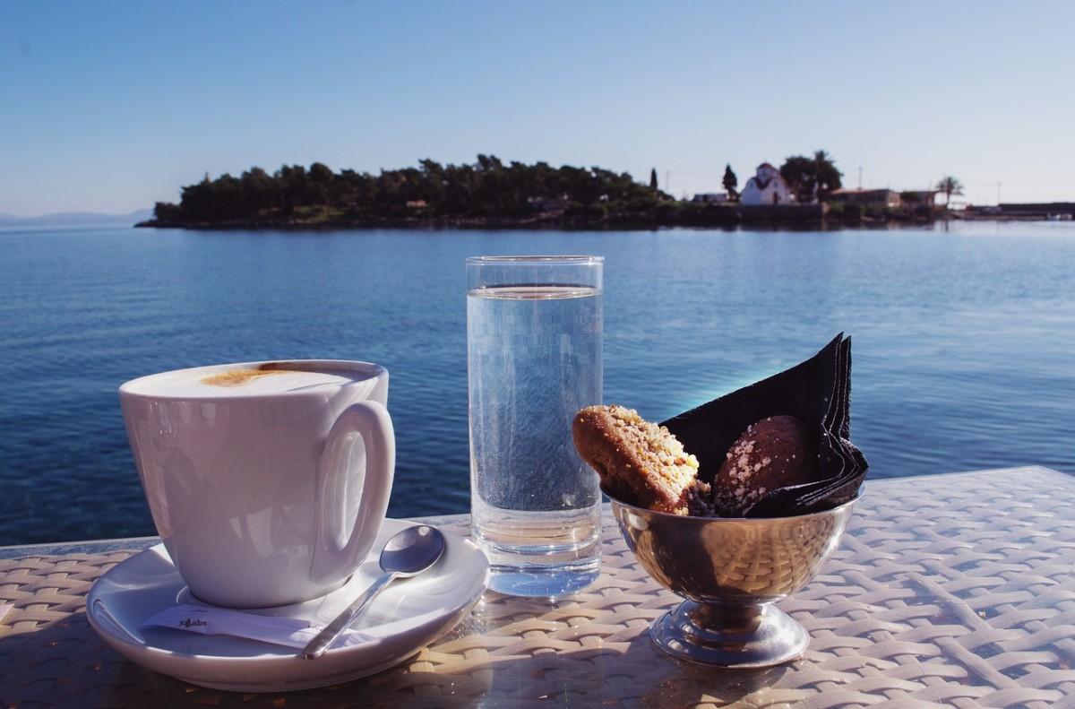 Вода к кофе