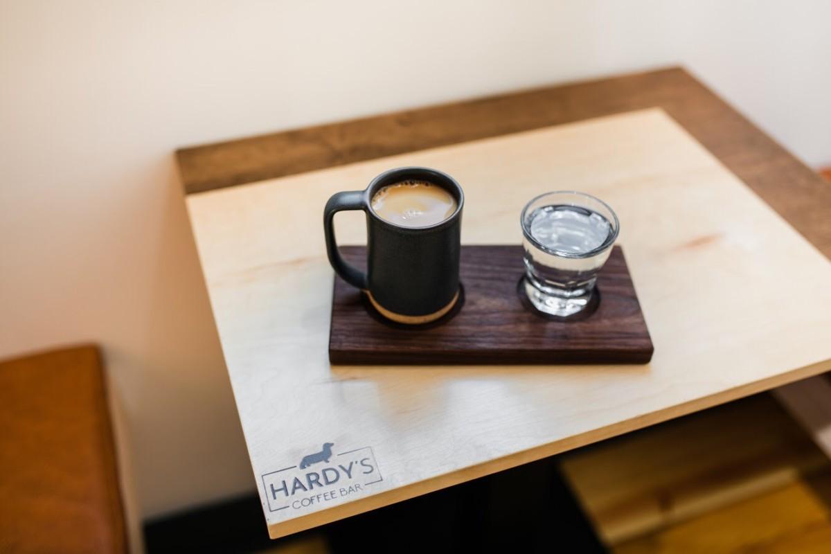 Марка HARDY Coffee быстро завоевала авторитет благодаря использованию высококачественного сырья