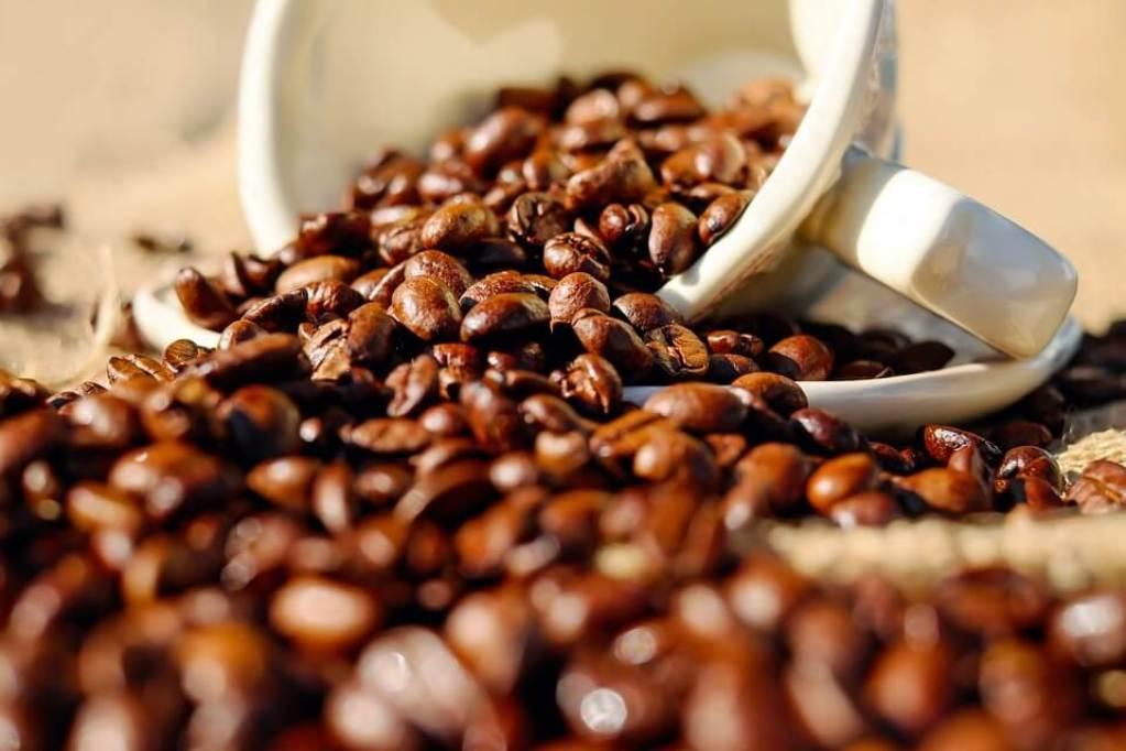 Степень обжарки зерна практически не влияет на калорийность кофе
