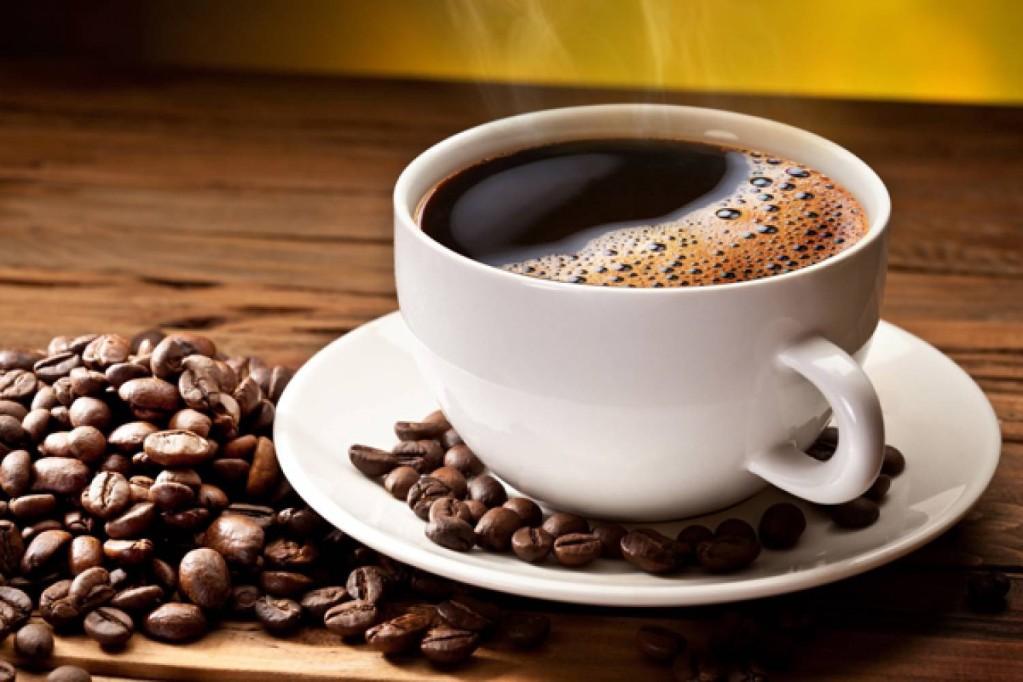 Многоразовое употребление кофе может сказаться на нервной системе и сосудах, но только если со здоровьем есть проблемы