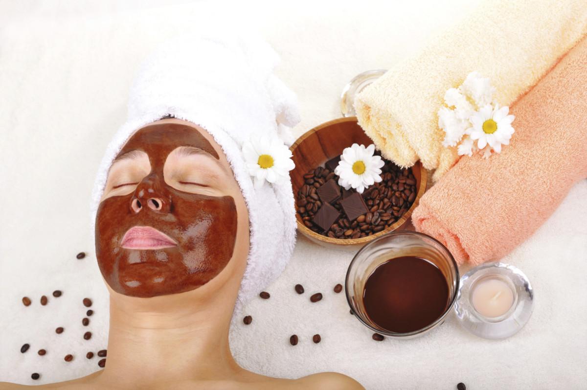 Антицеллюлитный скраб из кофе и меда