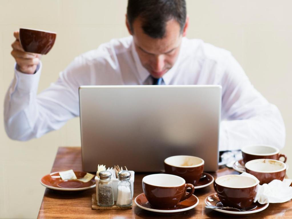 Зависимость от кофеина называется кофеинизм