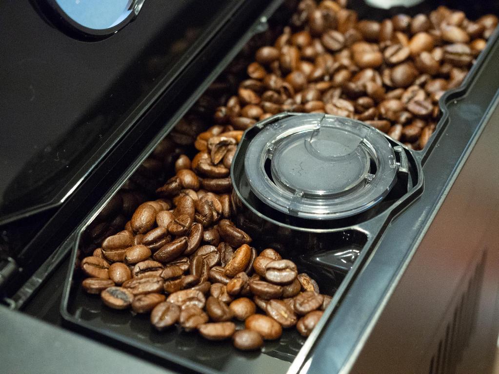 Самостоятельно смолоть кофе можно практически в любой кофемолке